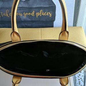 Tahari Bags - Tahari Hand Bag